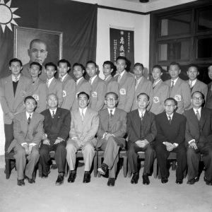 064 民國四十一年十一月二十一日華僑協會招待港華籃球隊1