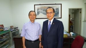 104年8月5日泰國華僑協會余聲清主席拜訪陳三井理事長 就會務發展情形交換意見